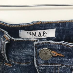 The M.A.P. Jeans Shorts - The -M.A.P.-Jeans high-rise denim shorts